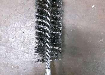 Escova de aço latonado